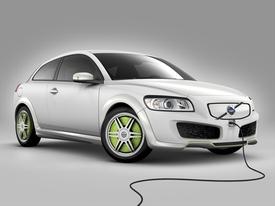 Volvo_recharge_concept
