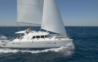 Lagoonhybrid_sail_boat