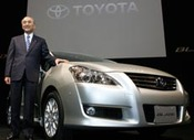 Toyotacar_with_patsuaki_wantanabe
